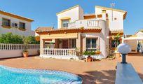 3 bed Villa for sale in Pinar de Campoverde